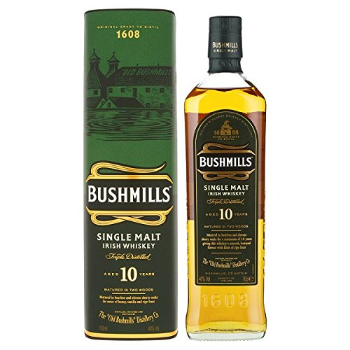 Bushmills Malt Single Malt Irish Whiskey im Alter von 10 Jahren 700ml Pack (70cl) von Bushmills